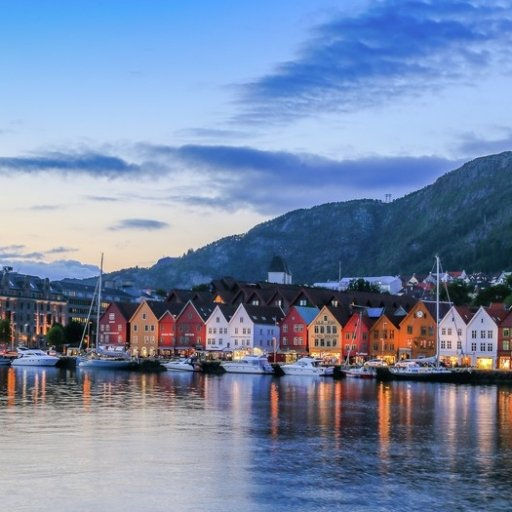 Ultimate Norway- Historic fjord, city & arctic roundtrip